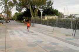 Marina Ibiza retirará la semana que viene la valla que separa el puerto del paseo
