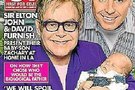 Elton John desconoce quién es el padre biológico de su hijo