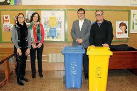 Reparten 832 contenedores de reciclaje en los colegios baleares