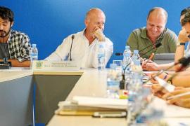 El interventor de Sant Antoni avisa al tripartito que incumple la ley con los contratos menores
