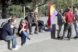La falta de asistentes desdibuja la protesta contra la falta de vivienda