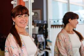 «Mi pasión por la peluquería viene desde bien pequeña cuando cortaba las fotos a mi madre y el pelo a las muñecas»