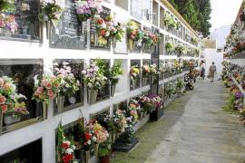 Un cementerio con 'poca tierra y escasa ventilación'