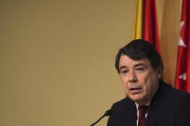 Ignacio González no posee nada en España, ni el ático, ni la casa de Aravaca, que ha sido bloqueada por el juez