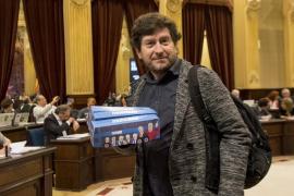 Camargo (Podemos): «En el Parlament tenemos otro Ignacio González que se llama Álvaro Gijón»