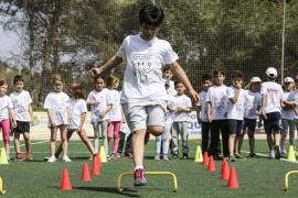 450 alumnos de Sant Joan participan en las II Jornadas Deportivas Escolares