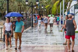 Lluvia y bajada de las temperaturas para mañana en las Pitiusas