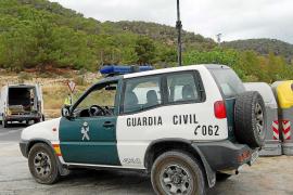 Piden 2 años de cárcel para un joven acusado de reventar y robar 4.674 € de un local de Sant Antoni