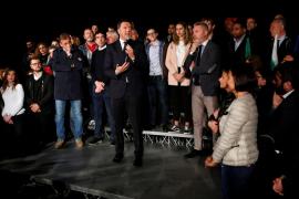 El exprimer ministro italiano Matteo Renzi recupera el mando del Partido Demócrata