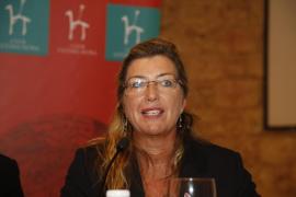 El último caprichito de Patricia Gómez: se gasta 20.388 € en una encuesta sobre el 'grado de satisfacción de los usuarios'