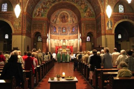Disminuyen los sacerdotes ordenados en 2016