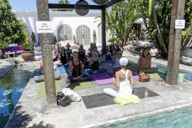 La esencia de Ibiza en el espíritu vital de Atzaró