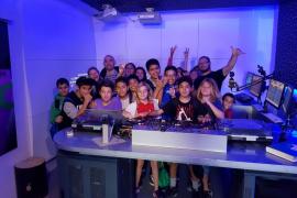 Alumnos del centro Sa Blanca Dona visitan las instalaciones del Grupo Prensa Pitiusa