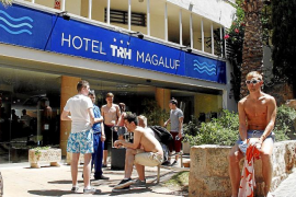 Touroperadores contratan detectives para evitar denuncias falsas de turistas