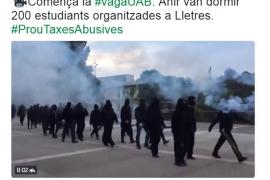 Barricadas en la Autònoma de Barcelona para reclamar la rebaja de las tasas universitarias