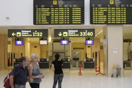 La Audiencia avala la instrucción de la causa contra 84 controladores por el cierre del tráfico aéreo en Balears