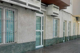 Adaix retira el anuncio de la venta como vivienda de 5 bajos comerciales