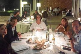 El restaurante Salvia da la bienvenida a sus cenas acústicas con la voz de Claire Wakeman