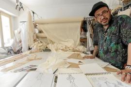 Tony Bonet: «En la moda siempre hay que renovarse porque no existe el éxito ni el cliente para toda la vida»