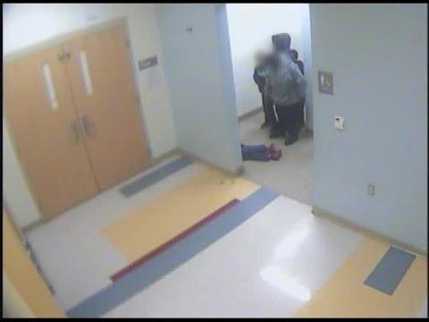 Difunden el vídeo de la agresión a un niño de 8 años, dos días antes de suicidarse