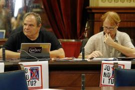 El pleno del Parlament aprueba las conclusiones de la comisión de autopistas de Ibiza