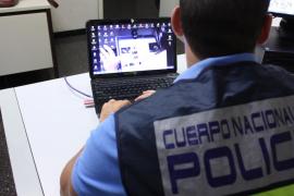 La Policía Nacional pone en marcha en Balears una campaña sobre la seguridad de los menores en Internet