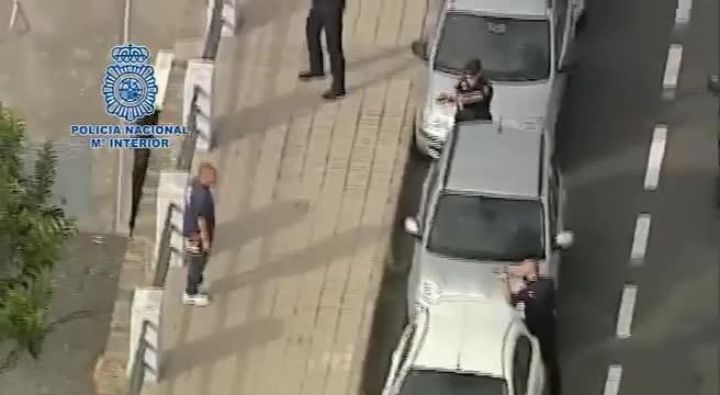 Detenido un hombre que deambulaba por Las Palmas con un hacha