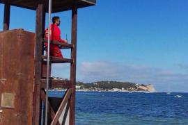 Las playas de Vila ya cuentan con servicio de socorrismo
