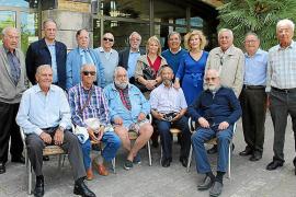 Reunión de exalumnos del desaparecido colegio Liceo Español en la Escola d'Hoteleria