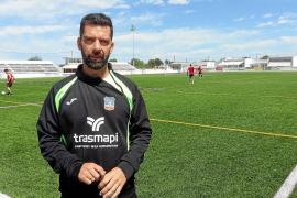 «El Alavés B es un filial atípico»