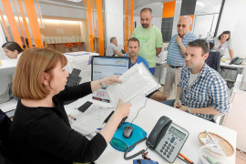 Los vecinos de s'Eixample Nou presentan 1.500 firmas contra la ubicación del albergue