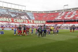 El Atlético se despide del Calderón con una victoria
