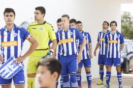 El Formentera vence en el encuentro de ida al Alavés B (2-0) (Fotos: Arguiñe Escandón)