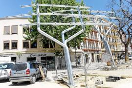 El PP pide al equipo de gobierno de Vila que retire el árbol solar por incumplir la ley