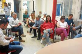 Pedro Sánchez barre a Susana Díaz en Ibiza y Formentera y volverá a liderar al PSOE