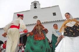 Los payeses ibicencos honran a Sant Isidre, el patrón del campo