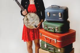 El country folk canadiense de Kaia Kater llega al Centre Cultural Sa Nostra