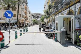 Los comerciantes de la Marina critican la falta de información sobre el acceso al barrio
