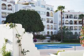 En estado crítico un niño de 7 años accidentado en una piscina de Ibiza