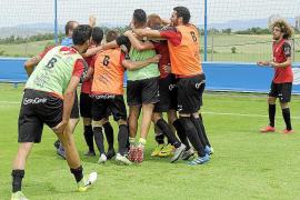 Tito García: «Le doy las gracias al club por haber confiado en mí»