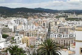 Cae un 49% la demanda de ciudadanos británicos para adquirir una casa en Ibiza