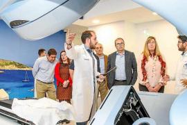 El modelo de radioterapia de Ibiza servirá como referencia para Menorca