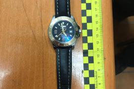 Detenidos en Sant Antoni dos hombres que robaron el reloj a un turista y le golpearon