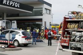 Un muerto y un herido grave en la deflagración en una gasolinera de San Sadurní d'Anoia