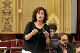 El Parlament sube las dietas por hotel a los diputados de Ibiza y baja las de Formentera