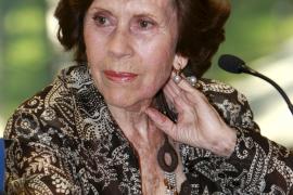 Muere la creadora del premio 'Aguja de Oro'