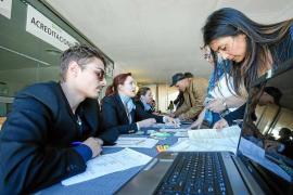 Las Pitiusas lideran la caída del desempleo con 906 parados menos que hace un año
