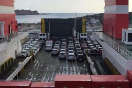 La plataforma Prou pide reducir la flota de coches de alquiler al 50% en las Pitiusas