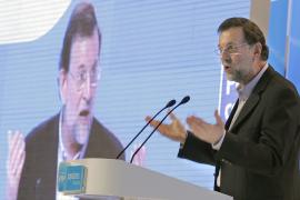 Rajoy confiesa que no ayuda en casa, pero sí a sus hijos en los deberes