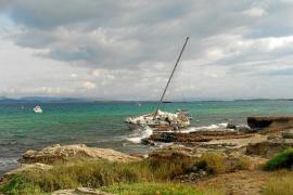 Una tormenta deja barcos varados y obliga a desviar dos vuelos a Palma